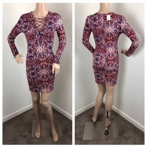 NEW Forever 21 navy/red lace up long sleeve dress